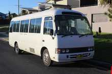 1996  21 seats plus driver  4 cylinder turbo diesel  Manual transmission  Ducted a/c  Good condition