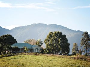 LAND & HOUSE BELLINGEN
