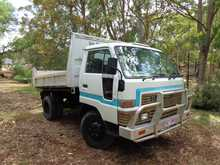 DAIHATSU DELTA Tipper 1997