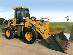 4WD Hydrostatic drive, 1 to 5 ton lift cap Quick hitch, Hay Spikes, Pallet forks, Grabs available all sizes Articulated Loaders from $28,500 Ph: 0424 236 371
