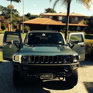 2007 HUMMER H3    Auto,  Leather interior,  Luxury pack model,  Electric brakes,  Tow bar,  Anderson Plug,  Owned by Hummer enthusiast,  Pristine condition,  Metallic lunar grey - rare find,  'HUM07' reg'd till Oct,  Plate sold with vehicle,  $31,500.