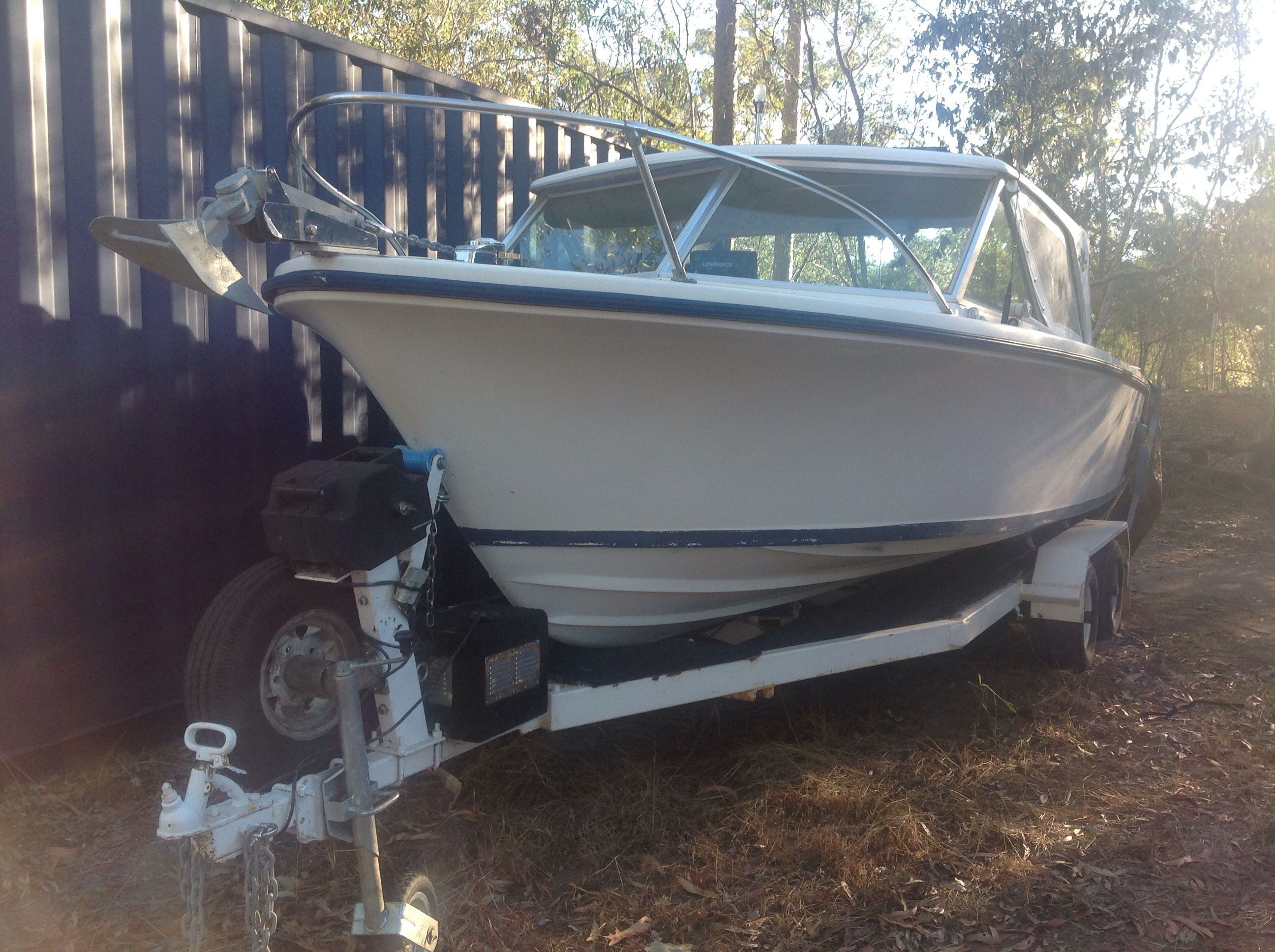 18ft boat, 200hp motor, trailer, all ex cond Laidley area.