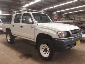 dual cab 2004,