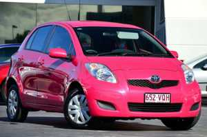 End of Financial year Sale!!! Pretty in pink!! Automatic fuel miser with plenty of style.  Please click on Specifications for a full list of standard Features.                        Test drive out of the traffic and Just 20 mins North of Brisi. We can even bring the car to you! 12 Months CARZOOS ...