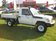 2012 TOYOTA LANDCRUISER WORKMATE 4.5LT V8 TURBO DIESEL MANUAL TRAYBACK UTE Here's one for the workers, a tidy vehicle ready to go with alloy tray, tow bar, and a new set of Sunraysia rims and tyres. Fully workshop tested and waiting for your test drive, give us a ...