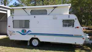 2000 Jayco Poptop 15'6    single beds  battery  3-way fridge  roll outawning + annexe  generator box  garaged   good condition   rego   $14,000   Ph 0438 152 108