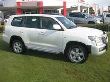 2011 TOYOTA LANDCRUISER ALTITUDE V8 TWIN TURBO DIESEL AUTOMATIC 8 SEAT WAGON We are a leading Multi Franchise Dealership. With a fantastic range of New and Pre-Owned cars, you can buy with confidence knowing that all our vehicles go through a strict workshop inspection to meet the highest standards.  We ...