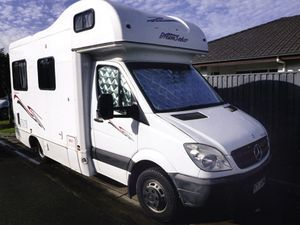 MERCEDES 09 AUTO 4 BERTH