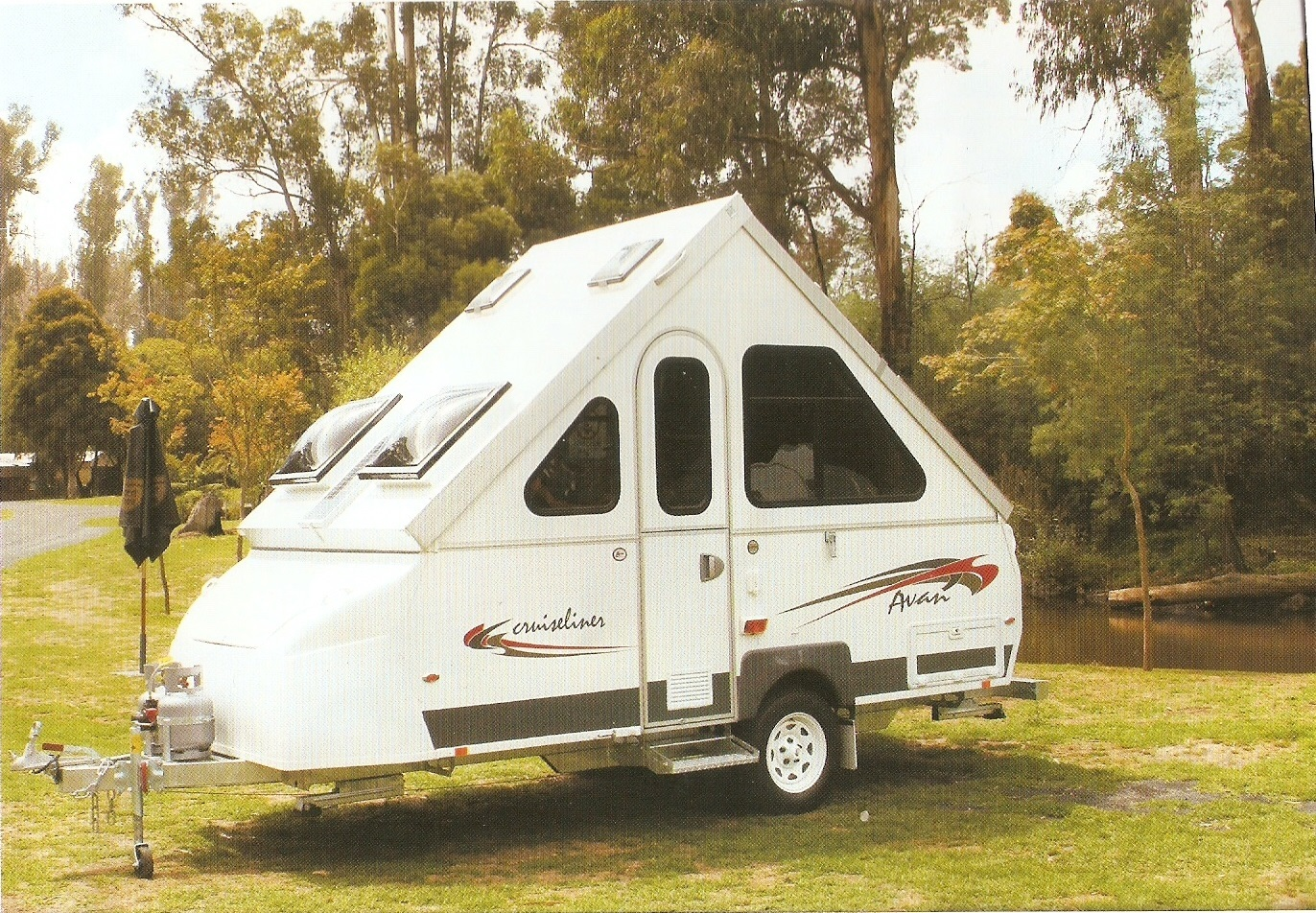AVAN 2009 Cruiseliner 1D. annexe / 3 way fridge / double innerspring mattress/ hot water /12v/240v chargers upgraded /anderson plug.