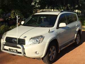 111000km,  2007,  auto,  uhf,  pearl white,  nudge bar,  side steps,  new tyres,  one owner  reg until Oct  $15000