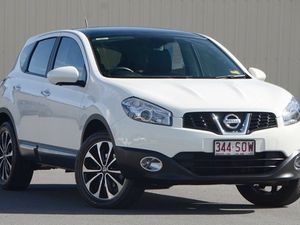 2012 Nissan Dualis J10W Series 3 MY12 Ti-L Hatch X-tronic 2WD White 6 Speed Constant Variable Hatchb