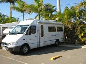 2006  313CDI engine  5 spd man  80,000 kms  Shower & toilet  Fridge/freezer  TV/DVD  2 single beds & many extras  $59,500  Ph: 0417997486