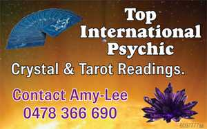 Crystal & Tarot Readings.