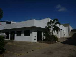 Stand alone with fully fenced concrete hard stand, 3 ph, aircon offices, large rollerdoors, service ind.   Ph owner 0417 720 221