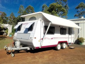 """GOLF"" 18ft Poptop caravan"