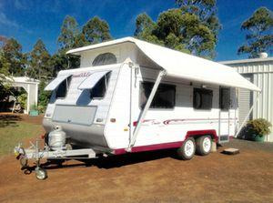 Immaculate condition.  Tandem axles with 4 brand new tyres.  Roomy with twin beds & lounge.  3-way fridge;  Microwave;  4 gas hob & exhaust fan.  Hayman Reece towing head & level-rides.  Electric brakes & new 12 volt battery.  Roll-out awning,  Always shredded,  Many extras! $19,000 in DALBY, Ph.