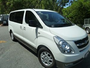 Automatic, turbo diesel, 33,000kms, 8 seater, $30,990.