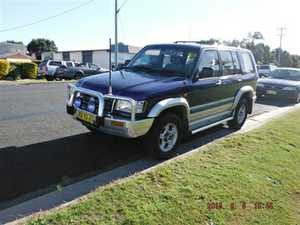 2002, 4WD, 5 spd man,   reg'd 11/15, CB radio.   Serv hist, 298k kms,   VGC.   $5,700ono.