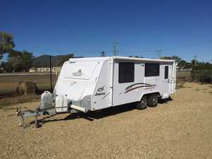 2011 JAYCO Discovery Poptop as new 3,200kms, ensuite never used gas stove never used, rev cyc a/c As New $34995 Ph: