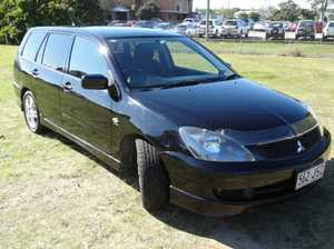 Rare Mitsubishi Lancer wagon is for sale. Well maintained, serviced every 10k kilometers and has a full service history.  4cyl wagons are rare, economical and practical, runs beautifully and looks smart. It has been garaged since it was purchased. The interior is flawless with floor mats and front seat covers ...
