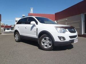 2012 Holden Captiva CG Series II 5 Olympic White 6 Speed Manual Wagon