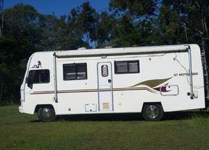 Modern design, a/c, full oven, large toilet/shower, 4 berth, r/o awning, deceased estate $37,900ono.   0432 498 711