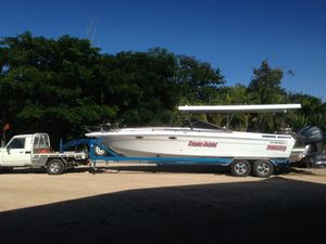 9 m, Twin C/R Yamaha F225,