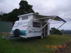 Jayco Freedom 02 P-Top. Seperate beds, Domectic reverse A/C, enclosed ensuite, fridge, gas stove, m/wave, tv, new annex, new 8 ply tyres, very light to tow.
