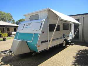 Jayco Pop Top 17ft 2004, VGC, 12 months rego. roll out awning & annex, shower & toilet, 2 x beds, 3 way fridge, 2 water tanks, 2 spare tyres.