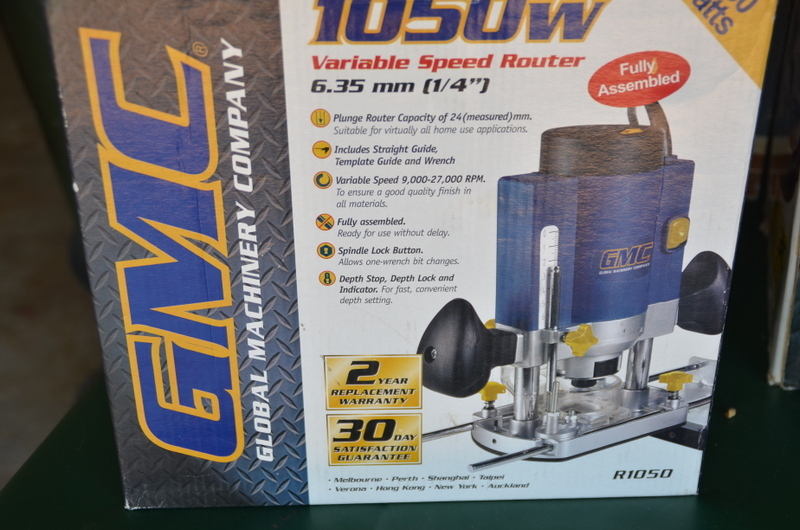 GMC 1050 WATT VIABLE SPEED ROUTER NEW IN BOX NEVER USED