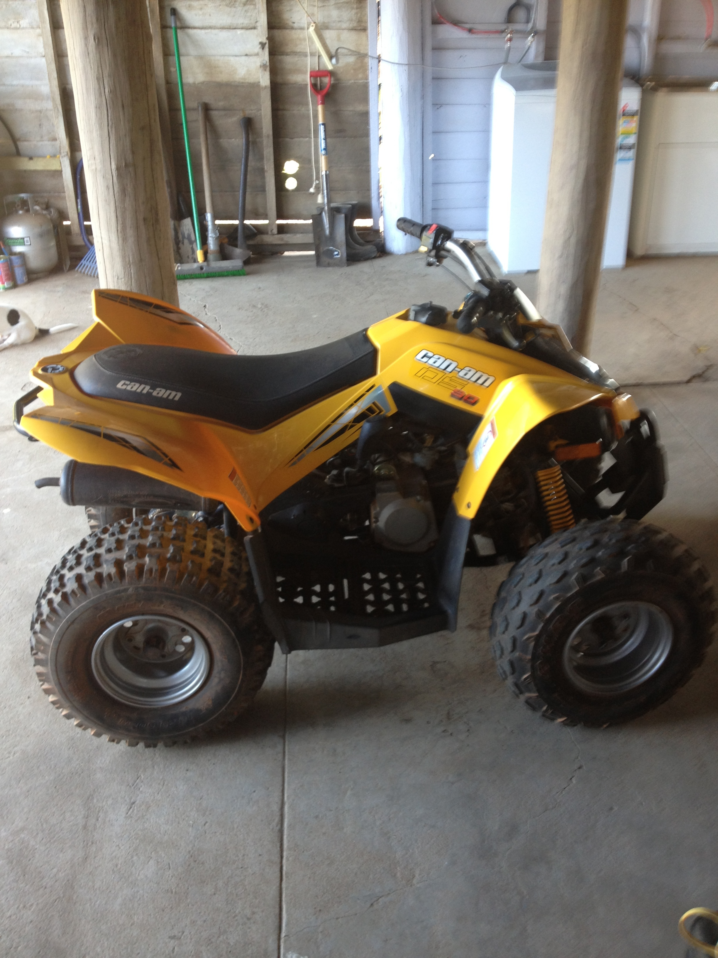 2009 can-am Excellent Condition Price Negotiable Call Ester:  Mobile:  0437445521