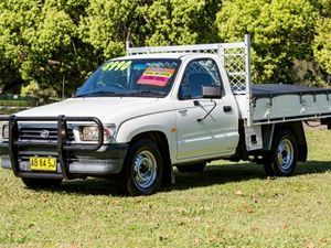 2000 Toyota Hilux RZN147R Workmate White 5 Speed Manual Cab Chassis