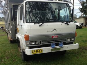 1990, New tyres, stereo,