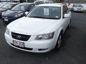 2005 Hyundai Sonata NF Elite White 4 Speed Automatic Sedan