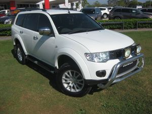 2010 Mitsubishi Challenger PB LS (5 Seat) (4x4) White 5 Speed Manual Wagon