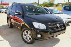 2012 Toyota RAV4 Cruiser L with only 62,259klms!  This great 4X4 RAV4 has been kept in great condition and comes with all the extras you would expected in the top of the range including, SAT NAV, Electric Sunroof, Full leather interior, Heated front Seats, Reverse Camera and a Log ...