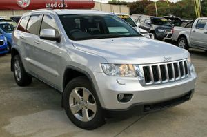 2010 WK Grand Cherokee!  This great value Jeep has been kept in very good condition and does come with a complete Log Book Service.  This Petrol Grand Cherokee comes with Tinted Windows, Bluetooth Phone, and Cruise Control.  A Brilliant 4X4 to drive!  We are a family owned Award winning Multi-franchise ...