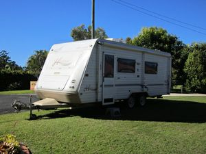 22ft  Excellent condition  east/west island bed,  rear ensuite,  lounge & abundant storage.  100a/h deep cycle battery with 120W Solar Panel,  under slung suspension.  3 way fridge,  gas/elect stove & oven.  Air Con,  New r/o awning.   $29,000 ono