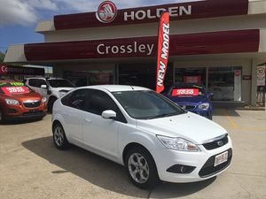 2010 Ford Focus LX White 6 Speed Hatchback