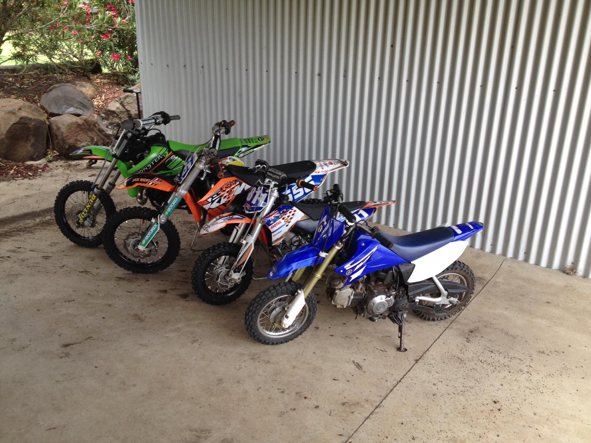 2011 Kawasaki KX 65 $3000 / 2013 KTM 65 $3500 / 2013 KTM mini SX $2000 / Yamaha TTR 50 $950 Ph: 0427 643 098