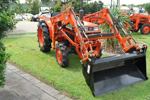 Kubota L1-22DT26HP Shuttle shift, power steer, 4WD, 4 in 1 FEL, $17,000.