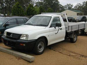2005 Mitsubishi Triton MK MY05 GL White 5 Speed Manual Cab Chassis