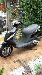 Piaggio Zip 100cc Scooter 2007. only travelled  6022Ks as New Complete with RWC Contact 0429 708 539