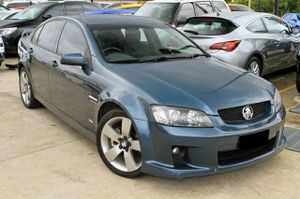 2009 Holden SS-V Sedan with just over 75,000klms.  This sedan looks great in Karma with tinted Windows and Factory Alloy Wheels.  Our SS-V comes with SAT NAV, Roof Mounted DVD,  and a Full Log Book Service History all performed through our Holden Dealership.  We are a family owned Award ...
