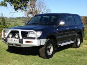 1998 Wagon, 464091 kms, Exc Cond, Manual, 8 seats.
