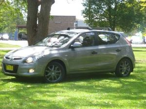 2010 Hyundai i30 FD MY11 Trophy Hyper Silver 4 Speed Automatic Hatchback