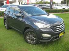 2013 HYUNDAI SANTA FE ACTIVE 2.2LT TURBO DIESEL 6 SPEED AUTOMATIC 7 SEAT WAGON with the balance of Hyundai's 5 year unlimited kilometre new car warranty. Looks fantastic in Blue Ocean We are a leading Multi Franchise Dealership. With a fantastic range of New and Pre-Owned cars, you ...