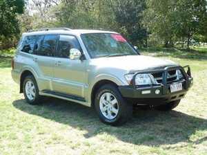 2005 Mitsubishi Pajero NP Exceed Beige Sports Automatic Wagon
