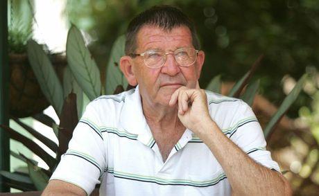 Peter Richardson.
