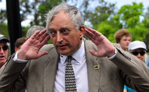 Back in January, Lord Monckton visited Noosa to debunk to the government's climate change doctrine. Tonight another cimate change sceptic, Anthony Watts, will address a gathering at Australis Noosa Lakes.